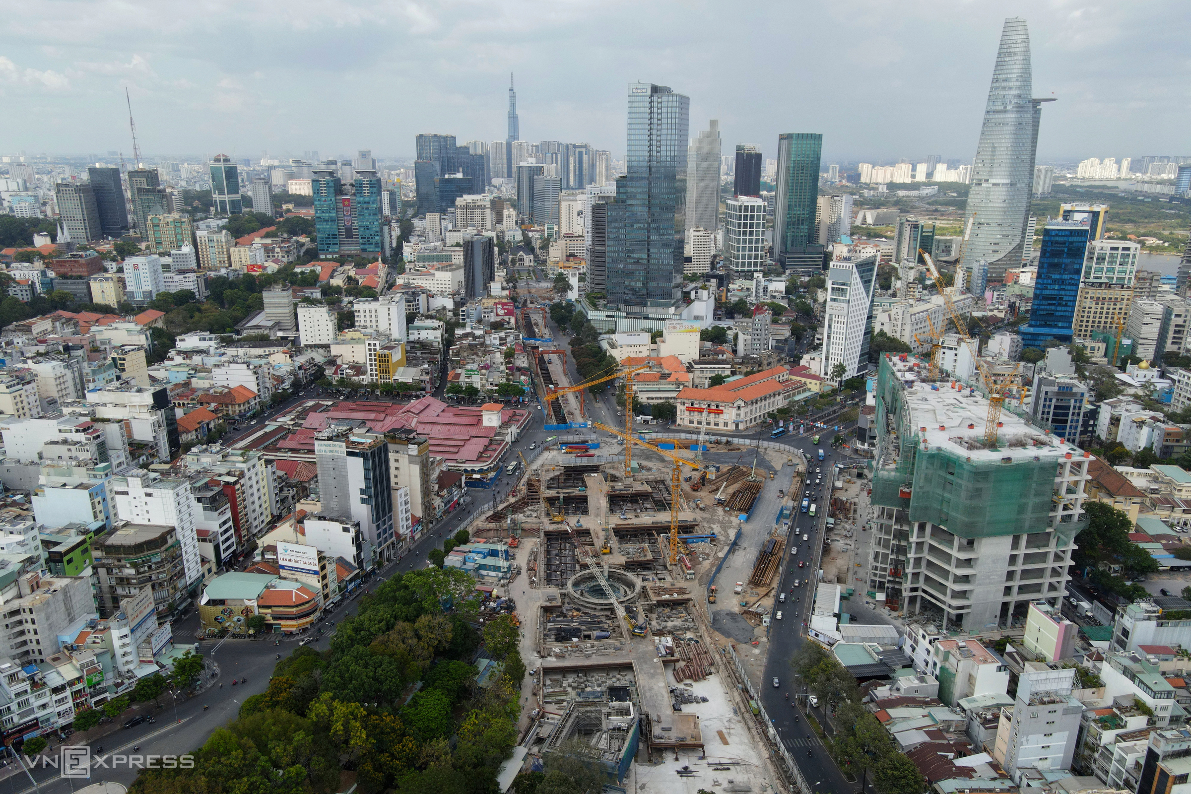 The construction site of Ben Thanh underground metro station, March 2021. Photo by VnExpress/Huu Khoa