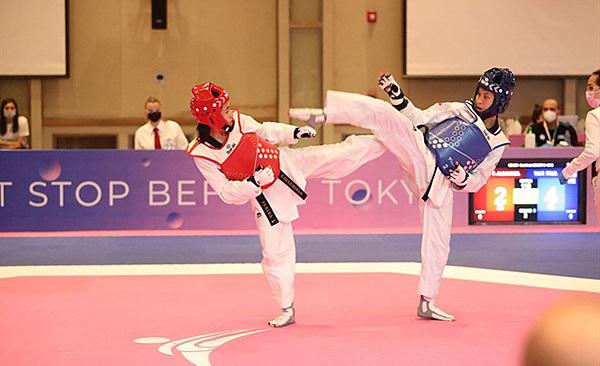 Vietnam taekwondo star claims gold at Asian championship