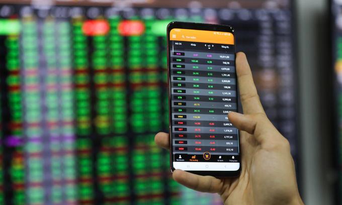 Next target for VN-Index: 1,400 points