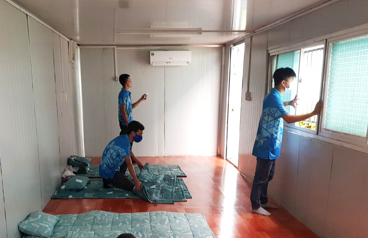 A container room to provide makeshift accommodation facility for workers at Ocean Coatings Vietnam in Dong Nai Province, June 19, 2021. Photo by VnExpress/Minh Nguyet