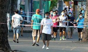 Saigonese turn lax, disdain pandemic precautions