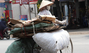 HCMC proposes $15 mln Covid aid package for informal workers