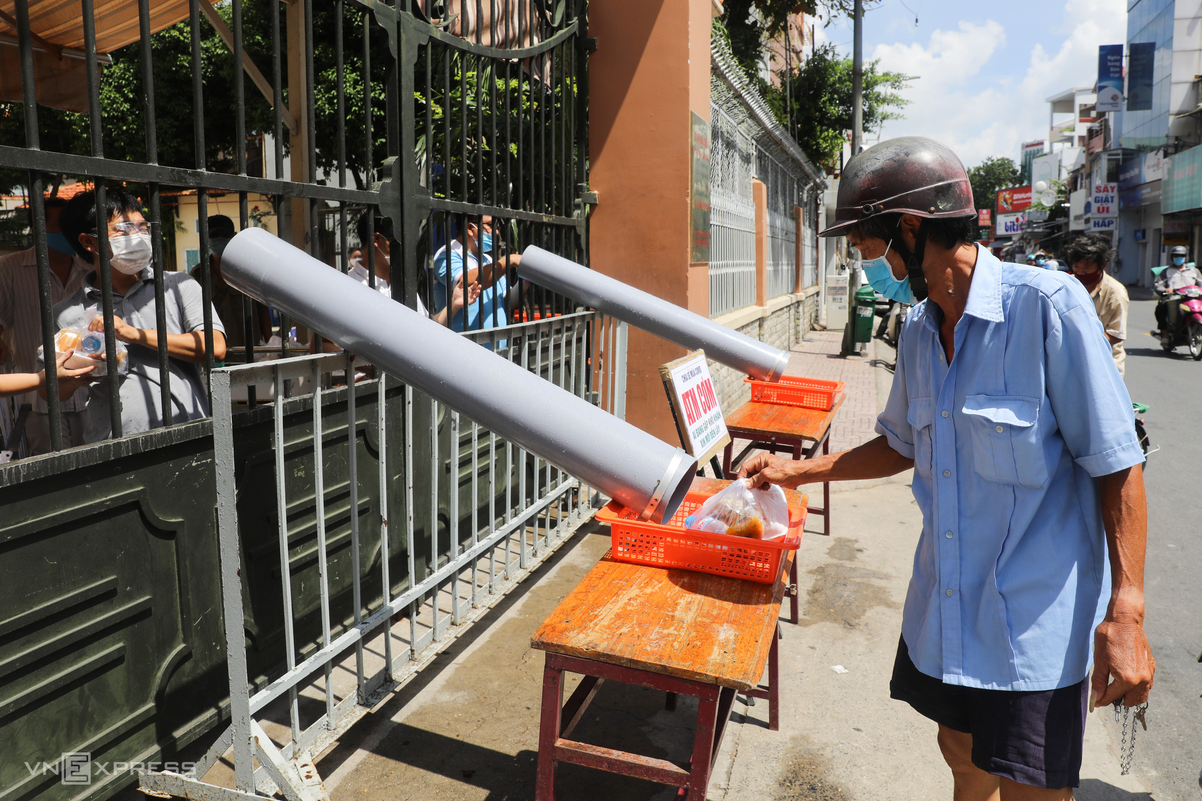 Food delivery takes to the tube at HCMC church