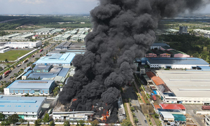 Flames roar at South Korean chemical firm in Dong Nai