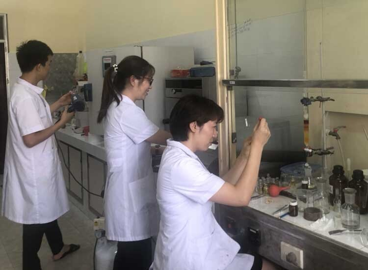 The research team at the Institute of Chemistry under Vietnam Academy of Science and Technology. Photo courtesy of the VAST.