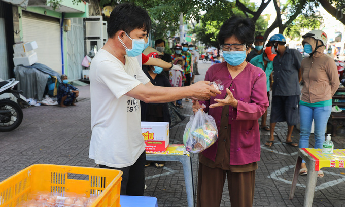 Vietnam mulls another $1.13 bln pandemic support package