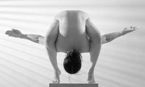 Virtual nudes highlight art of yoga
