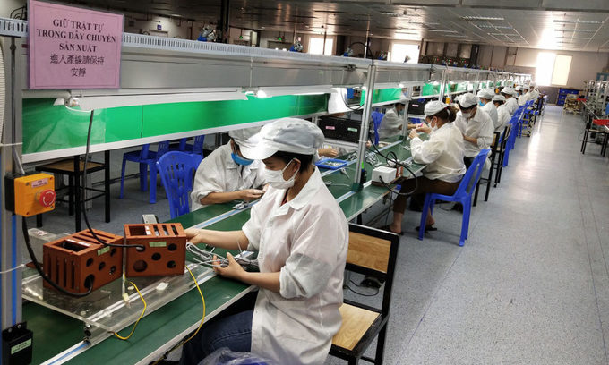 Covid hotspots Bac Giang, Bac Ninh to resume most manufacturing