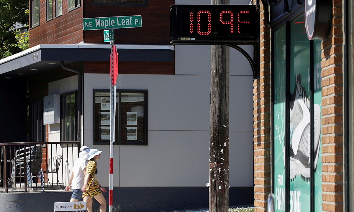 A digital sign shows a temperature of 109 degrees Fahrenheit during the scorching weather of a heatwave in Seattle, June 28, 2021. Photo by Reuters/Jason Redmond.