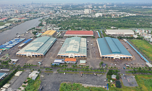 Covid shuts HCMC's biggest wholesale market