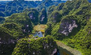 Provinces relax tourism activities