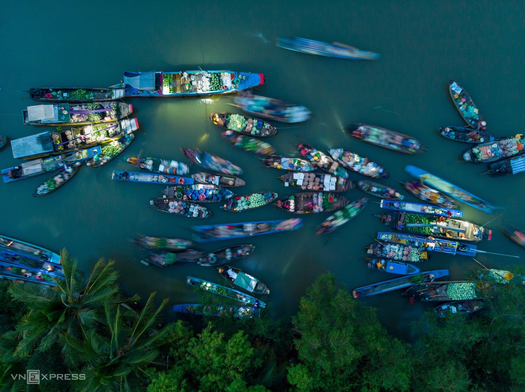Aerial tour of Mekong Delta icons