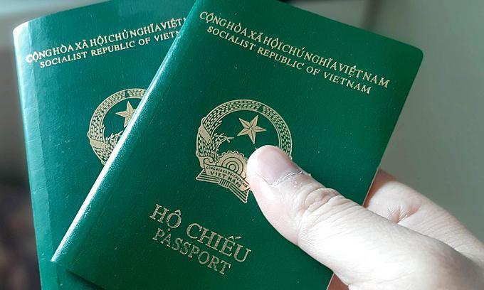 Vietnamese passport ranks far behind Southeast Asian toppers