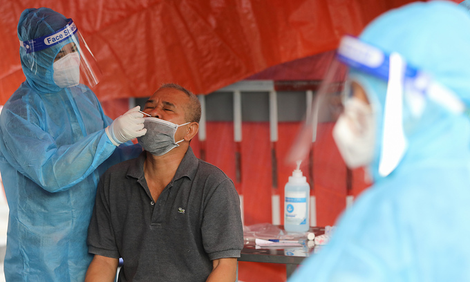 HCMC to send mobile teams to people's homes for coronavirus testing