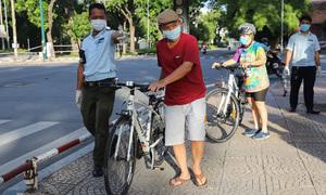 HCMC cracks down on social distancing violations
