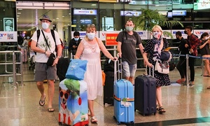 Fake vaccine passports pose risk but manageable for Vietnam: experts