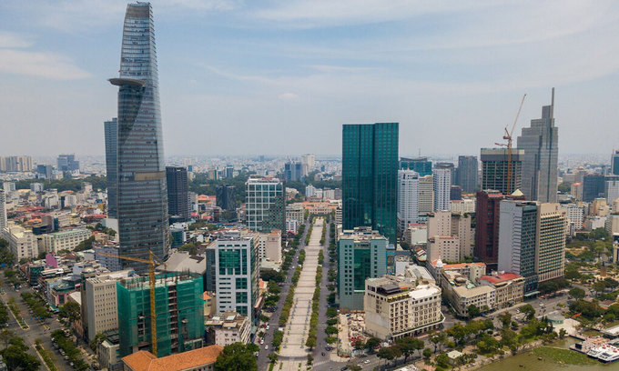 Retail space rents inch up in downtown HCMC