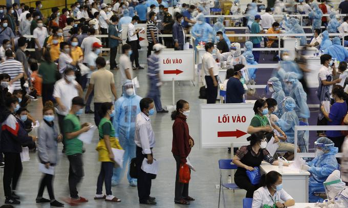 3 mln more Covid vaccines headed for HCMC
