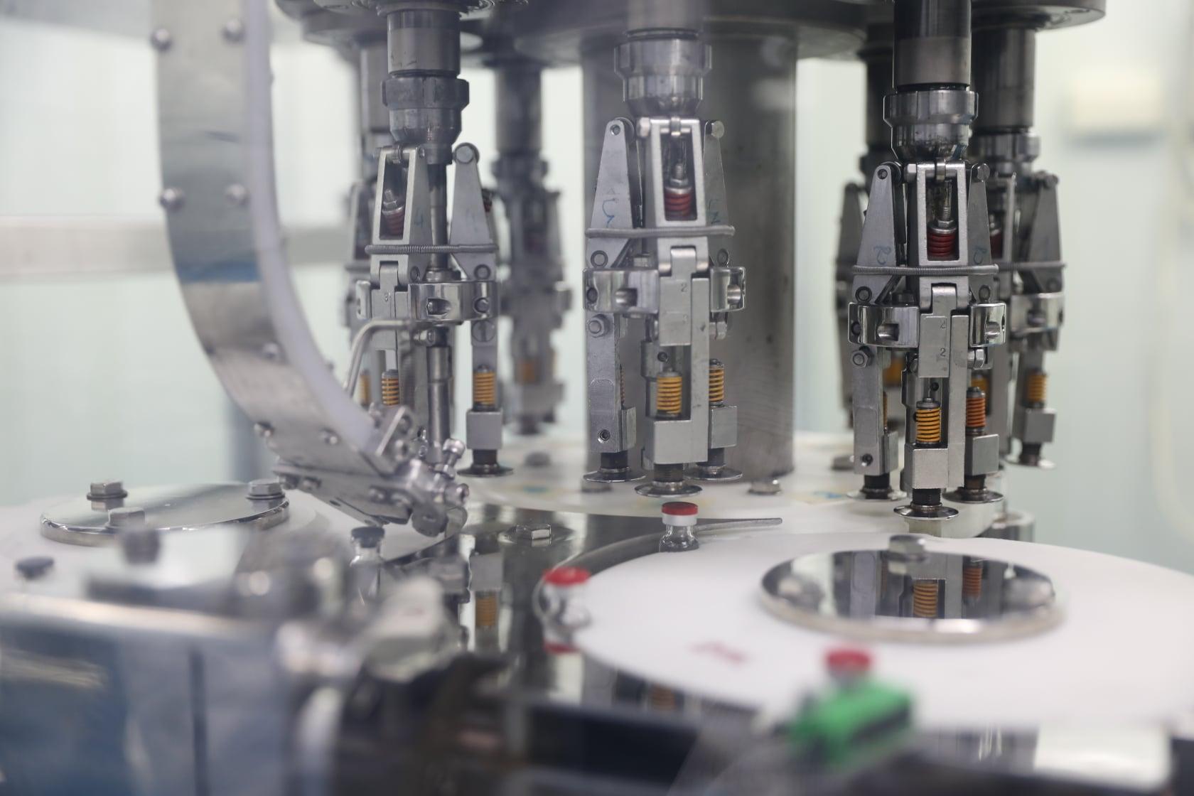 Vietnamese firm packages Russia's Sputnik V vaccine