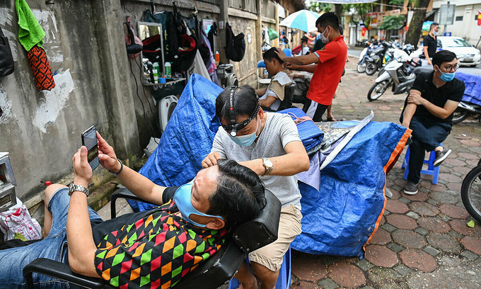 Hanoi to aid informal workers affected by pandemic