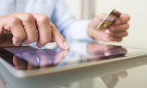 Vietnam defers e-commerce tax by five months