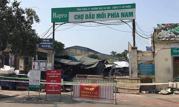 Hanoi wholesale market shut after vendor found to have Covid