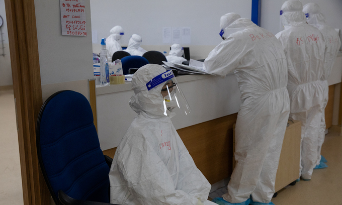 Vietnam coronavirus tally in new wave tops 120,000, death toll at 828