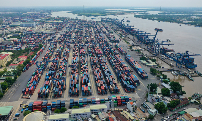 Worker depleted HCMC port faces disruption as containers pile up