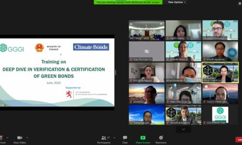Training opens for green bond verifiers in Vietnam