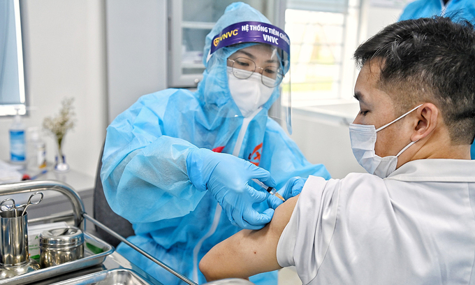 Trade associations want to buy vaccines from UAE for members' employees