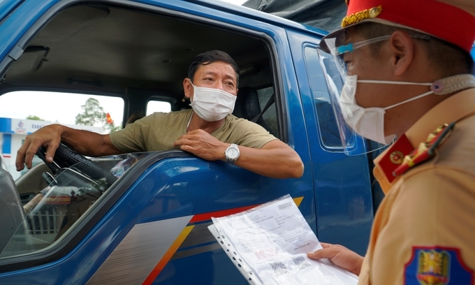 Prioritize drivers, logistics workers for vaccination, ministry urges