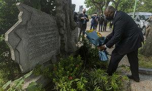 US defense secretary visits iconic Vietnam War locations
