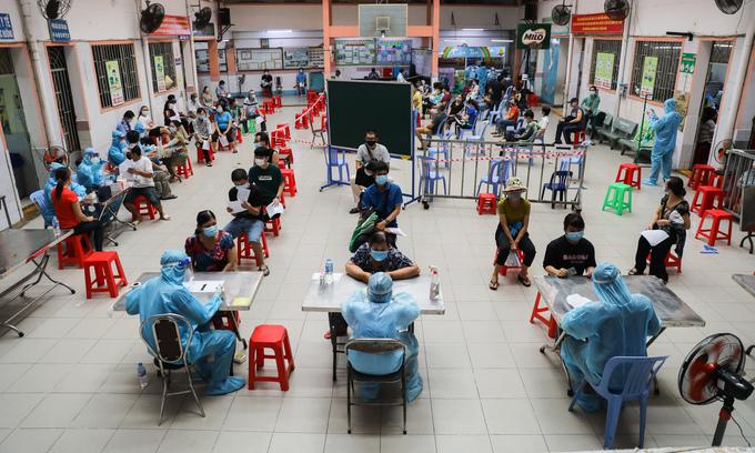 HCMC's coronavirus infection tally in new wave crosses 100,000