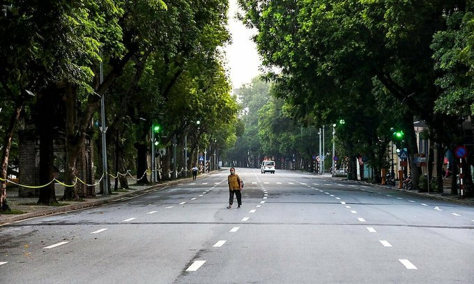 Hanoi to continue social distancing until August 22