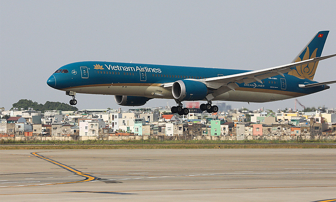 Stop regular Hanoi-HCMC flights: Vietnam aviation authority
