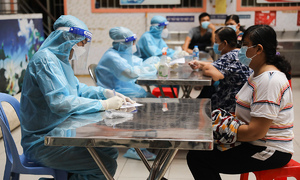 HCMC nearly out of allocated Covid-19 vaccine doses