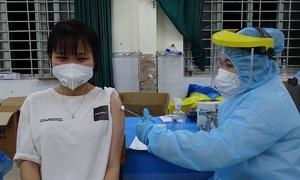 HCMC to receive 600,000 more Covid-19 vaccine doses