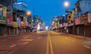 Control Covid-19 outbreak before mid-Sep, gov't tells HCMC