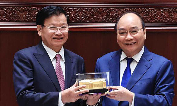 Vietnam hands Laos new parliament house
