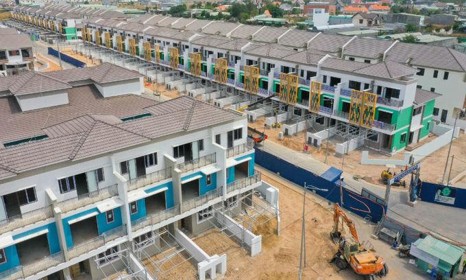 Rising steel prices make housing costlier