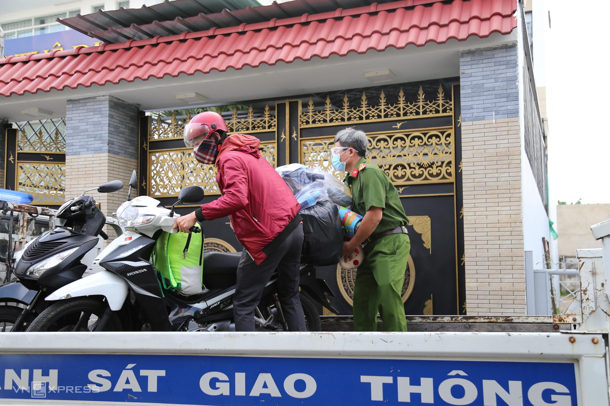 No way home: Migrants stuck in HCMC amid lockdown