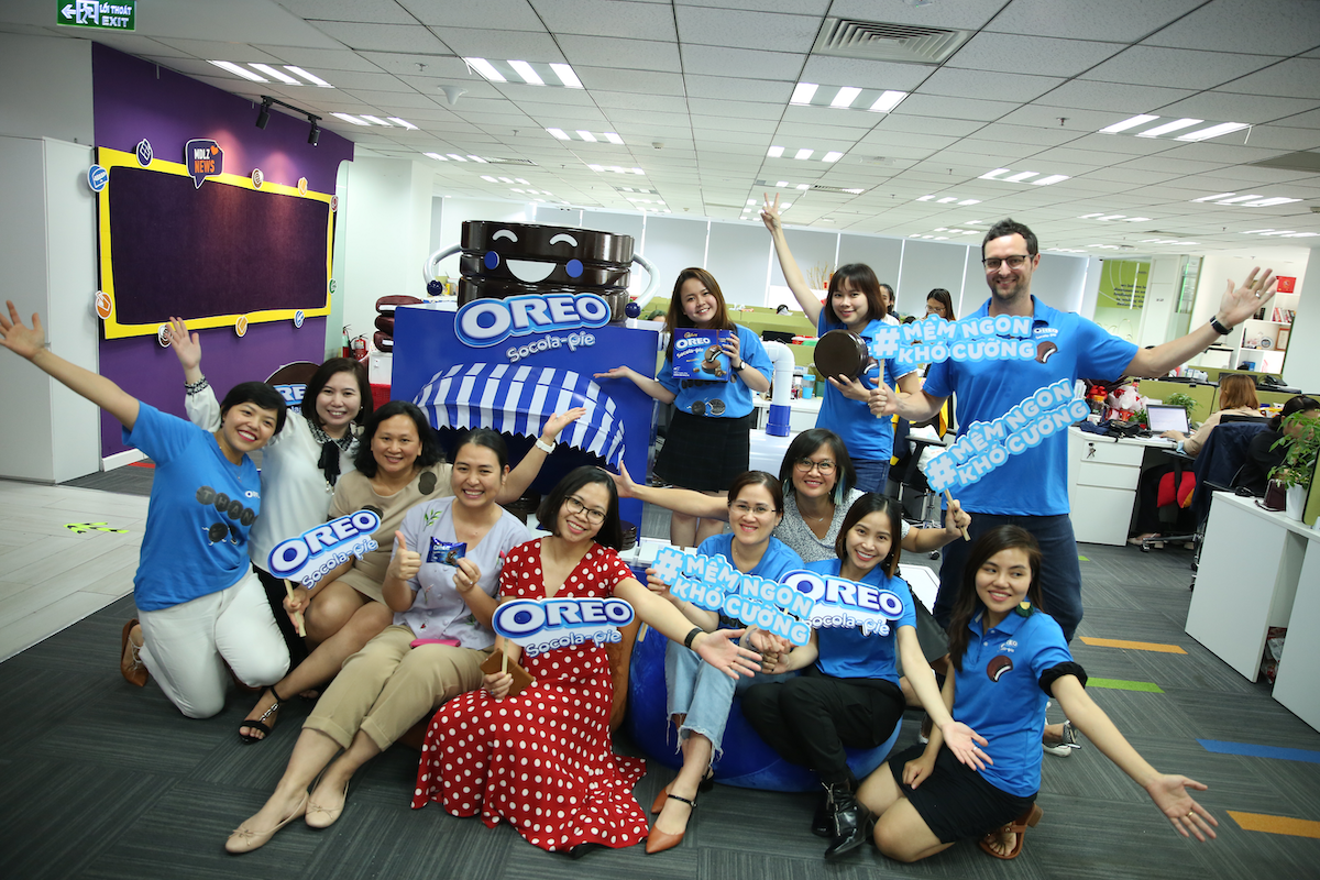 With diverse and innovative culture, a flexible and professional working environment, Mondelez Kinh Do is considered an ideal workplace for dynamic young people. Photo by: Mondelez Kinh Do Vietnam