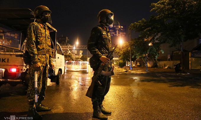 Military enforces pandemic control in HCMC