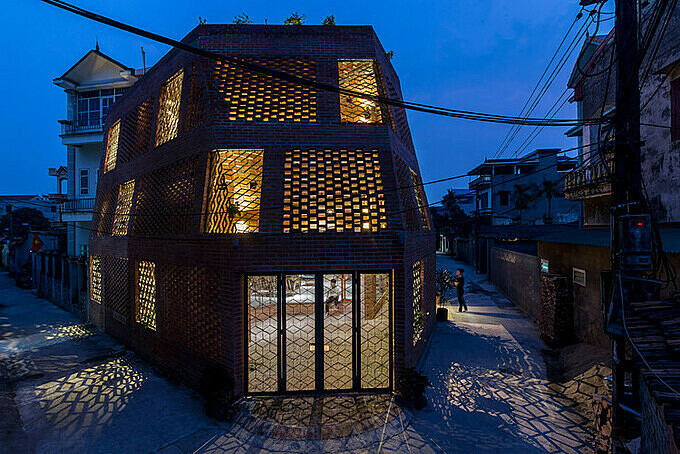 Brick Cave in Hanois Dong Anh District. Photo Archdaily/Nguyen Tien Thanh