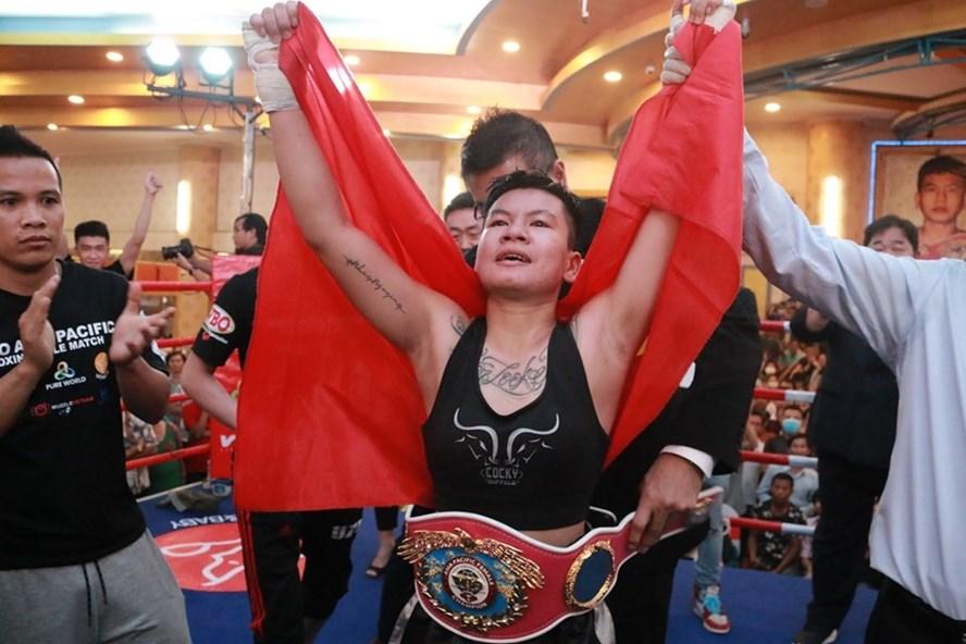 Nguyen Thi Thu Nhi wins the Asia-Oceania WBO belt in February 2020. Photo courtesy of World Boxing Organization