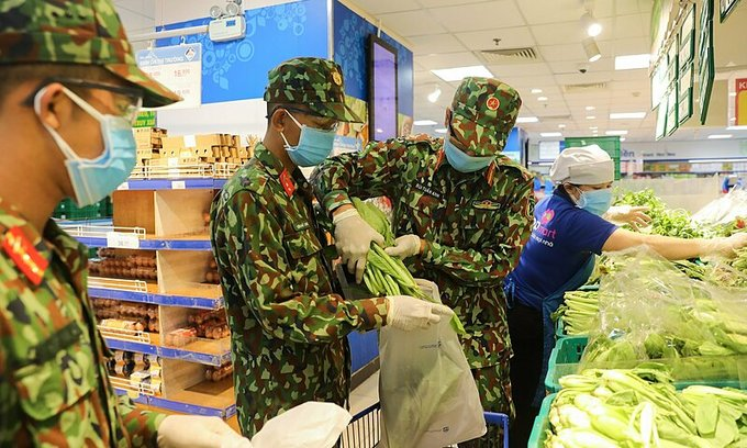 HCMC proxy shopping mess leaves residents high and dry