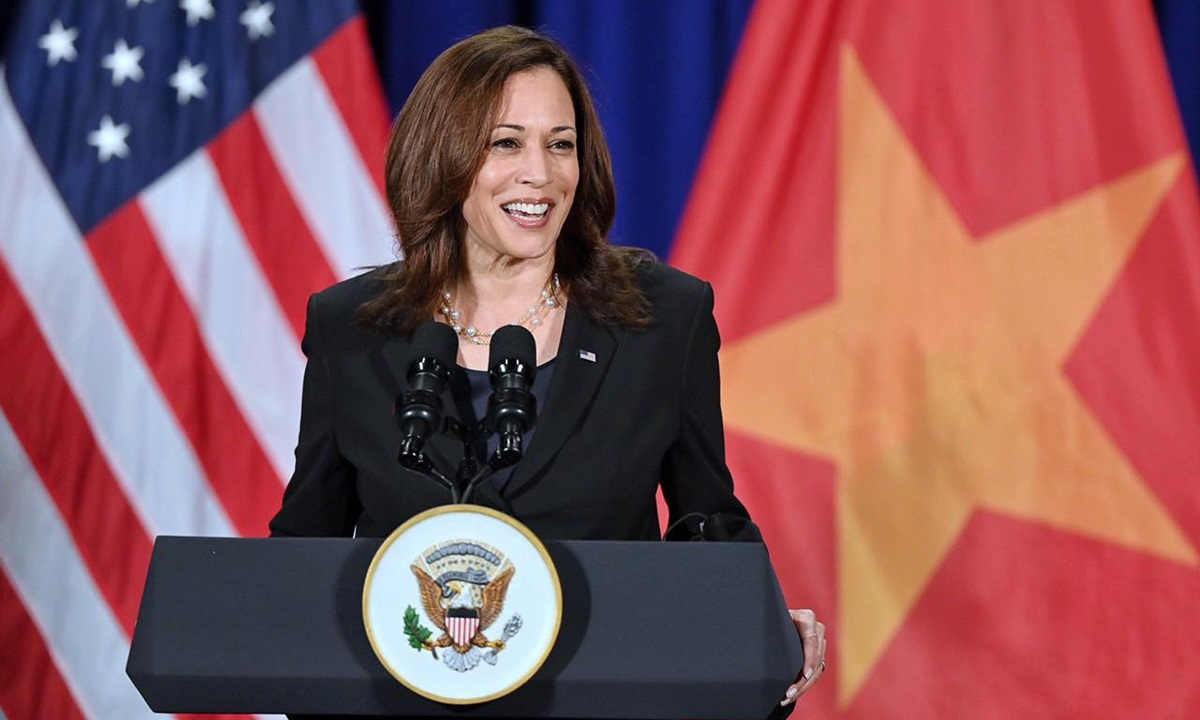 U.S Vice President Kamala Harris speaks at a press conference in Hanoi, August 26, 2021. Photo by VnExpress/Giang Huy