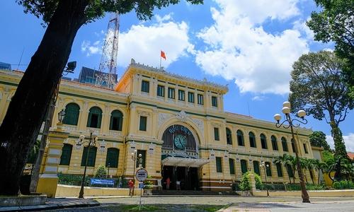 Saigon icons left forlorn amid strict lockdown