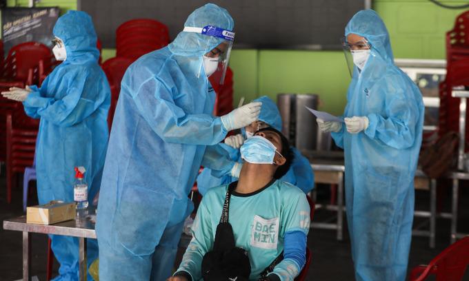 Vietnam confirms 11,429 new Covid-19 cases