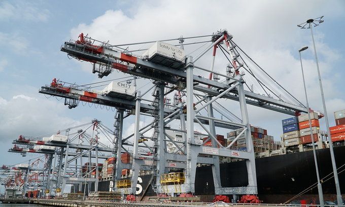 OECD wants Vietnam to open up transport sector to foreign investment